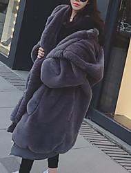 Недорогие -Жен. Повседневные Наступила зима Обычная Искусственное меховое пальто, Однотонный Капюшон Длинный рукав Искусственный мех Черный / Серый