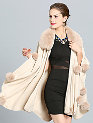 cheap -Sleeveless Coats / Jackets Faux Fur / Imitation Cashmere Wedding / Party / Evening Women's Wrap With Pom-pom / Splicing