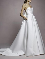 cheap -A-Line Sweetheart Neckline Sweep / Brush Train Satin Strapless Simple Plus Size Wedding Dresses with Draping 2020