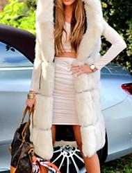 Недорогие -Жен. Повседневные Классический Зима Длинная Искусственное меховое пальто, Однотонный Капюшон Без рукавов Искусственный мех Белый