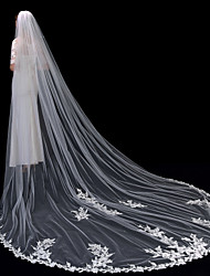 cheap -One-tier Lace Applique Edge / Elegant & Luxurious Wedding Veil Cathedral Veils with Appliques 137.8 in (350cm) Lace / Tulle / Oval