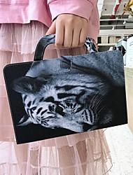 Недорогие -чехол для amazon kindle paperwhite 2018 кошелек / визитница / ударопрочный чехол для тела тигры искусственная кожа чехол для amazon kindle paperwhite 2018