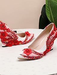 cheap -Women's Wedding Shoes Wedge Heel Pointed Toe Satin Flower / Sparkling Glitter Lace / PU Sweet / Minimalism Spring &  Fall / Spring & Summer White / Gold / Red / Party & Evening
