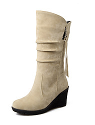 cheap -Women's Boots Wedge Heel Round Toe Tassel Suede Mid-Calf Boots Casual / Sweet Fall & Winter Black / Brown / Green