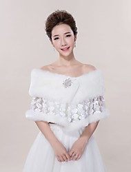 cheap -Sleeveless Faux Fur / Acrylic Wedding / Party / Evening Women's Wrap With Lace-trimmed Bottom Capelets