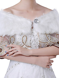 cheap -Sleeveless Faux Fur / Acrylic Wedding / Party / Evening Women's Wrap With Lace-trimmed Bottom / Crystals / Rhinestones Capelets