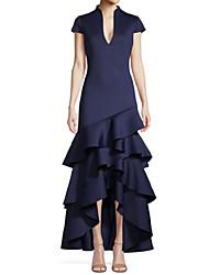 baratos -Linha A Vestido Para Mãe dos Noivos Elegante & Luxuoso Decote mergulhador Assimétrico Cetim Manga Curta com Camada Babados em Cascata 2021