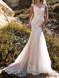 cheap -Mermaid / Trumpet Wedding Dresses V Neck Sweep / Brush Train Lace Cap Sleeve Mordern Illusion Detail with Buttons Lace Insert 2021