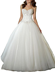cheap -A-Line Sweetheart Neckline Sweep / Brush Train Tulle Strapless Glamorous / Vintage Plus Size Wedding Dresses with Appliques 2020