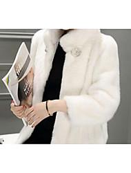 Недорогие -Жен. Повседневные / Офис Уличный стиль / Изысканный Наступила зима Длинная Искусственное меховое пальто, Однотонный Отложной Длинный рукав Искусственный мех Меховая оторочка Розовый / Бежевый / Серый