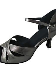 """Недорогие -Жен. Танцевальная обувь Кожа Обувь для латины На каблуках Каблук """"Клеш"""" Персонализируемая Серый"""