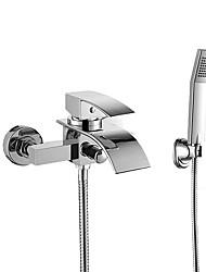 Недорогие -Смеситель для ванны - Современный Хром На стену Керамический клапан Bath Shower Mixer Taps