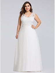 cheap -A-Line Plus Size White Engagement Formal Evening Dress V Neck Sleeveless Floor Length Lace Polyester with Lace Insert Appliques 2020