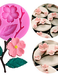 cheap -1PC Peach Blossom Shape Fondant Molds Cake Decorating Tools Chocolate Mold Soap Cake Stencils Kitchen DIY Tools