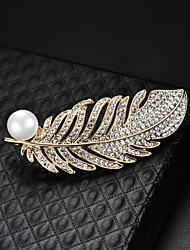 cheap -Women's Brooches 3D Feather Fashion Imitation Pearl Gold Plated Brooch Jewelry Gold For Christmas Party Festival