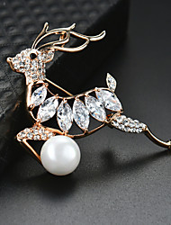 cheap -Women's Brooches 3D Deer Christmas Tree Fashion Imitation Pearl Gold Plated Brooch Jewelry Gold For Christmas Party Festival