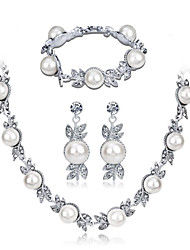cheap -Women's White Cubic Zirconia Bridal Jewelry Sets Geometrical Flower Statement Fashion Imitation Pearl Imitation Diamond Earrings Jewelry White For Party Gift Daily Holiday 1 set