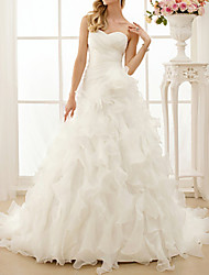 cheap -A-Line Sweetheart Neckline Sweep / Brush Train Chiffon Strapless Simple / Vintage Backless Wedding Dresses with Ruched / Cascading Ruffles 2020