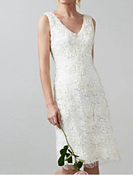 cheap -Sheath / Column V Neck Knee Length Lace Regular Straps Casual Little White Dress / Illusion Detail Wedding Dresses with Appliques 2020