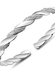 Недорогие -Жен. Браслет разомкнутое кольцо геометрический Цветы Мода Медь Браслет Ювелирные изделия Серебряный Назначение Повседневные Офис