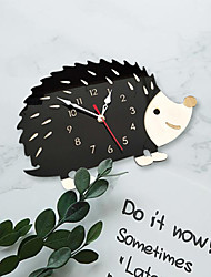 Недорогие -м. игристые популярная бытовая мода творческий ежик часы горячая распродажа животных часы гостиная спальня украшения часы