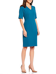 cheap -Sheath / Column V Neck Knee Length Stretch Satin Half Sleeve Plus Size Mother of the Bride Dress with Split Front 2020