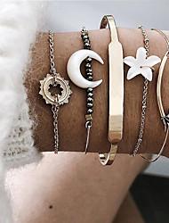 cheap -5pcs Women's Bracelet Bangles Cuff Bracelet Vintage Bracelet Layered Moon Heart Flower Shape Classic Vintage Ethnic Fashion Boho Alloy Bracelet Jewelry Gold For Gift Daily Street Club Festival