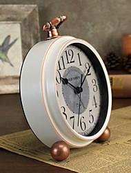 Недорогие -европейский Пластиковые & Металл Круглый В помещении Батарея Украшение Настенные часы белый Нет