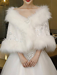cheap -Sleeveless Shawls / Capes Faux Fur / Imitation Cashmere Wedding / Party / Evening Women's Wrap With Crystal Floral Pin