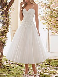 cheap -A-Line Sweetheart Neckline Midi Lace Spaghetti Strap Casual / Boho Illusion Detail / Backless Wedding Dresses with 2020