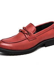 cheap -Men's Formal Shoes Microfiber Spring & Summer / Fall & Winter Business / Casual Loafers & Slip-Ons Breathable Black / Brown / Red