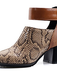 cheap -Women's Boots Print Shoes Chunky Heel Pointed Toe Suede Booties / Ankle Boots Winter Black / Brown
