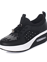 cheap -Women's Athletic Shoes Flat Heel Round Toe Mesh Sporty / Casual Running Shoes / Fitness & Cross Training Shoes Spring / Fall & Winter Black / Gray