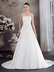 cheap -A-Line Strapless Chapel Train Taffeta Strapless Wedding Dresses with Ruched / Beading / Draping 2020