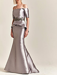 cheap -Mermaid / Trumpet Off Shoulder Sweep / Brush Train Satin Short Sleeve Elegant & Luxurious Mother of the Bride Dress with Appliques 2020