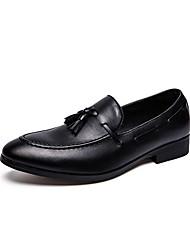 baratos -Homens Sapatos Confortáveis Microfibra Outono & inverno Mocassins e Slip-Ons Preto