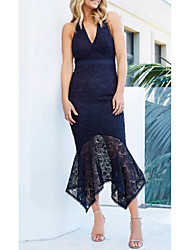 cheap -Sheath / Column Halter Neck Tea Length Lace / Satin Elegant Cocktail Party / Holiday Dress 2020 with Lace Insert by Lightinthebox