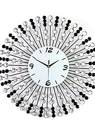 cheap -Wall Clock Modern Contemporary Fashion Deluxe Metal Round Indoor