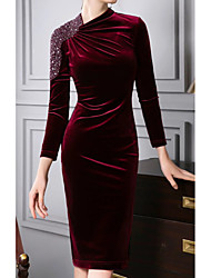 cheap -Sheath / Column Mother of the Bride Dress Plus Size Jewel Neck Knee Length Sequined Velvet 3/4 Length Sleeve with Crystals 2020