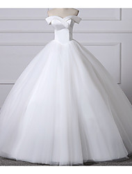 cheap -Ball Gown Off Shoulder Sweep / Brush Train Lace Short Sleeve Made-To-Measure Wedding Dresses with Lace Insert 2020
