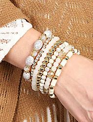 baratos -7pçs Mulheres Dourado Branco Pulseiras com Miçangas Pulseiras Vintage Brincos / pulseira Multi Camadas Tecer Clássico Vintage Na moda Fashion Boho Strass Pulseira de jóias Branco Para Presente Diário