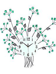 Недорогие -модный современный / современный металлический новинка для дома / вне помещения с батарейным питанием настенные часы