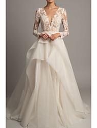 abordables -Trapèze Col en V Traîne Tribunal Dentelle / Tulle Manches Longues Robes de mariée sur mesure avec Broderie 2020
