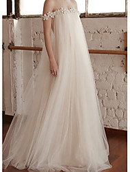 cheap -A-Line Off Shoulder Sweep / Brush Train Lace / Tulle Short Sleeve Wedding Dresses with Draping / Appliques 2020