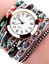 cheap -Women's Bracelet Watch Casual Elegant Black PU Leather Chinese Quartz Black Casual Watch Imitation Diamond 1 pc Analog One Year Battery Life