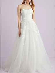 cheap -A-Line Wedding Dresses Sweetheart Neckline Court Train Lace Tulle Strapless with Lace Insert 2020