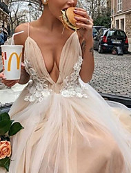cheap -A-Line V Neck Court Train Chiffon / Tulle Spaghetti Strap Boho Wedding Dresses with Appliques 2020