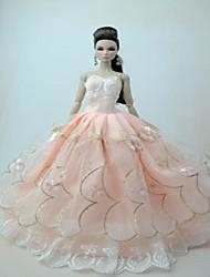 abordables -universel (hors bébé) 8 vêtements robe de mariée sac plein grande jupe arrière design robe de mariée 30 cm jupe de poupée