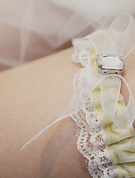 cheap -Lace Wedding / Simple Style Wedding Garter With Lace / Sashes / Ribbons / Crystals / Rhinestones Garters Wedding Party