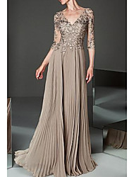 cheap -A-Line V Neck Floor Length Chiffon / Tulle 3/4 Length Sleeve Elegant & Luxurious Mother of the Bride Dress with Appliques / Pleats 2020
